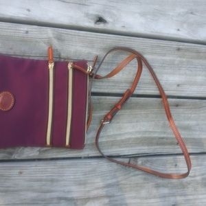Dooney& Bourke. Nylon maroon crossbody